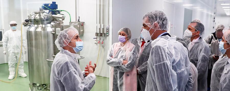 Hipra prevé producir 400 millones de dosis de su vacuna contra el SARS-CoV-2 en 2022